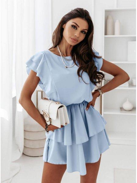 Błękitna sukienka z...