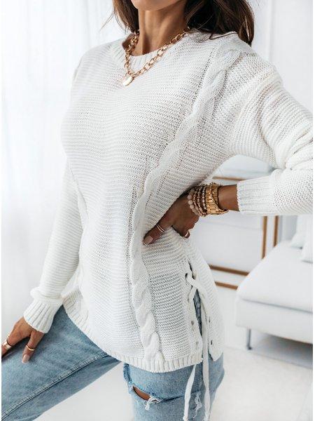 Biały sweter z wiązaniem na...
