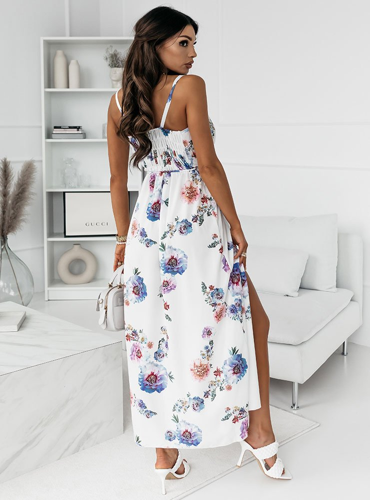Długa wzorzysta przekładana sukienka...