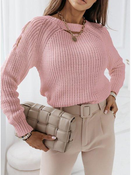 Pudrowy sweter z wycięciami...