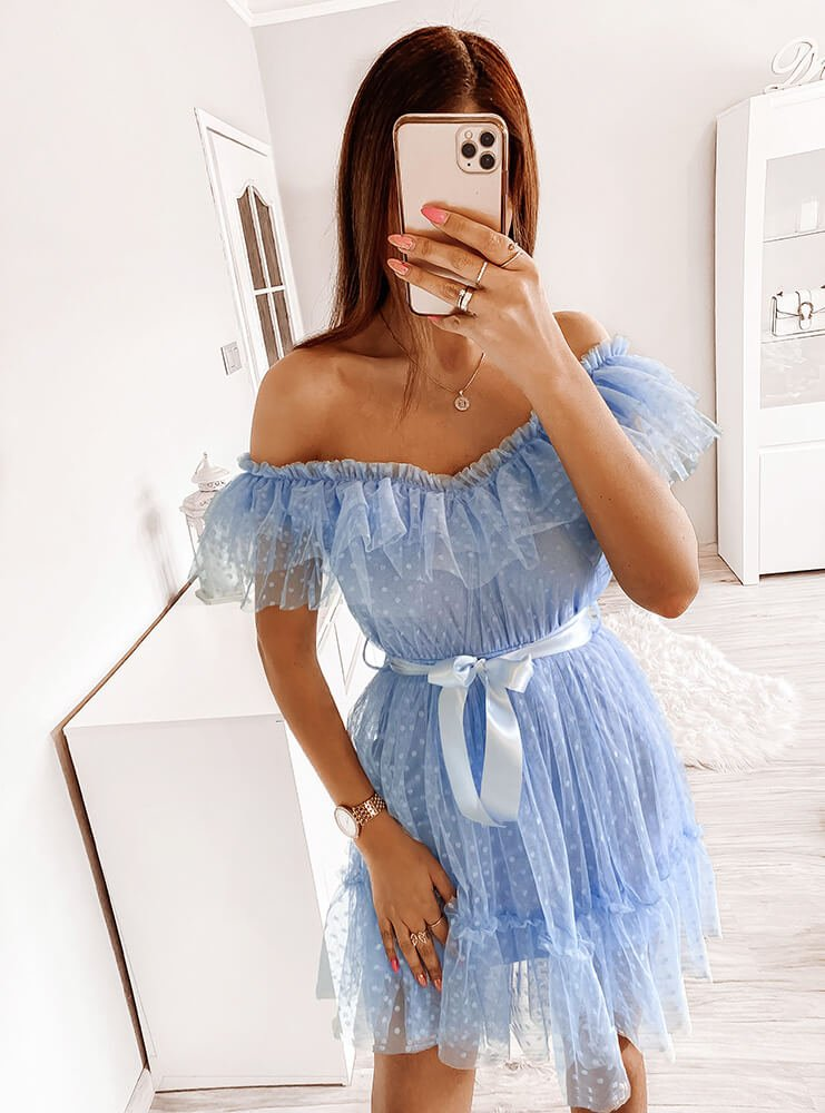 Błękitna sukienka z tiulu Rooda