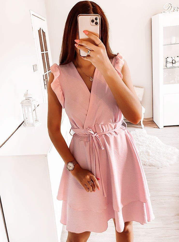 Pudrowa sukienka z falbankami Diki