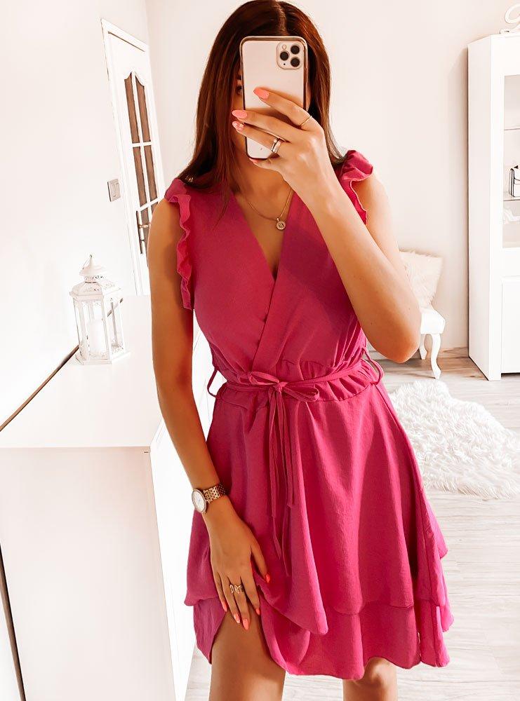 Różowa sukienka z falbankami Diki