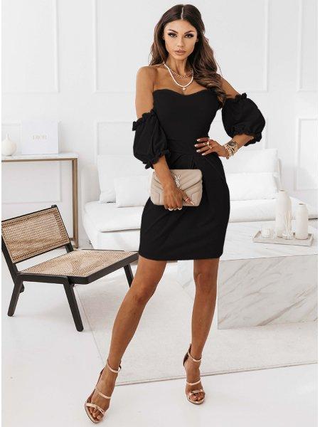 Czarna sukienka z odkrytymi...