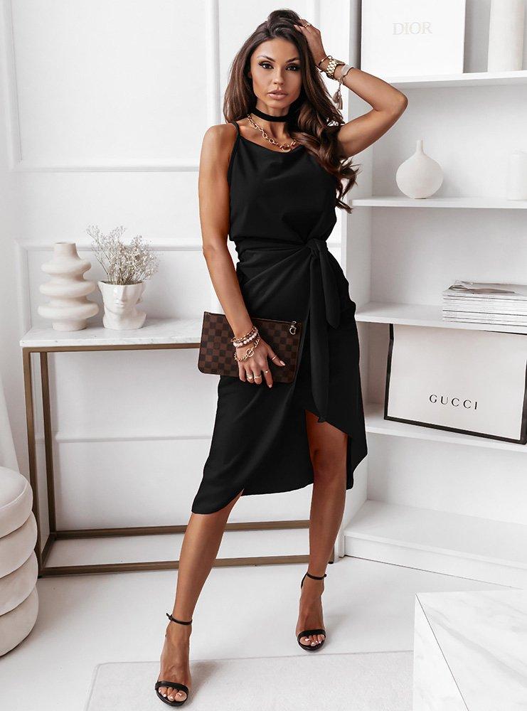 Czarna sukienka na ramiączkach z paskiem Shelbi