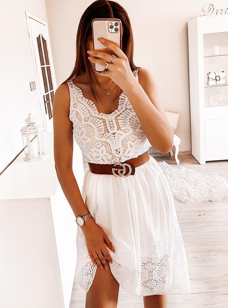 Biała sukienka z ażurkiem Ezka