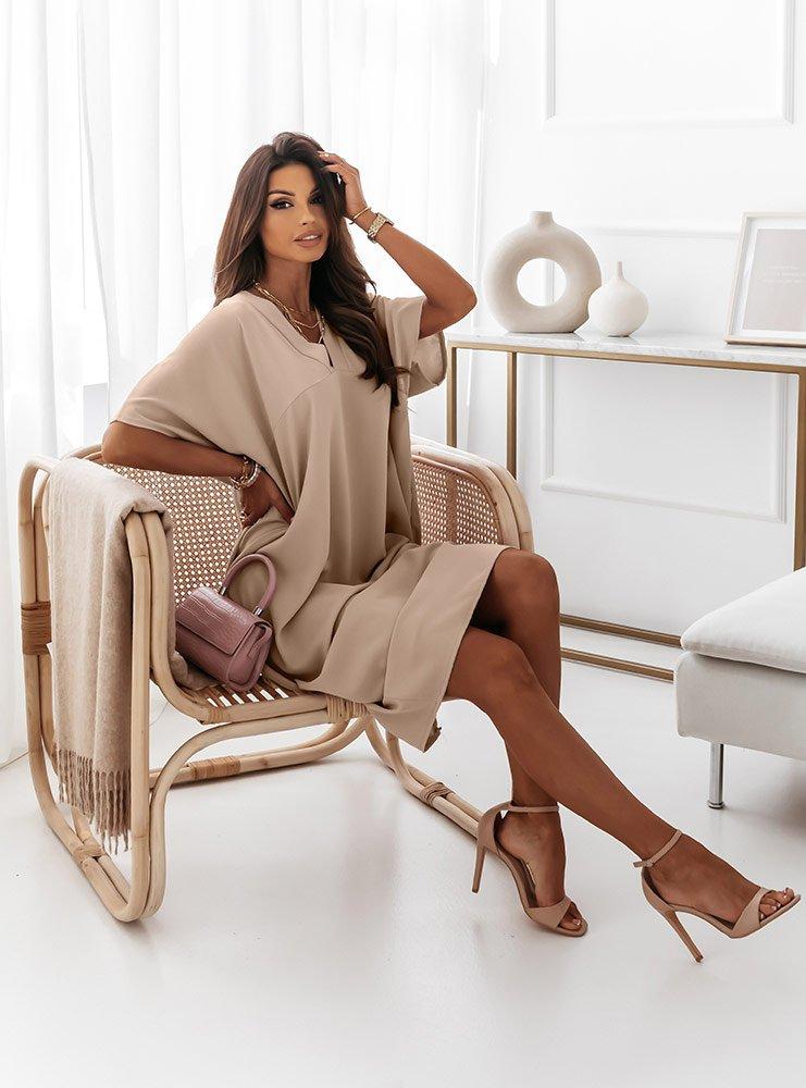 Jasnobeżowa oversizowa sukienka Shienna