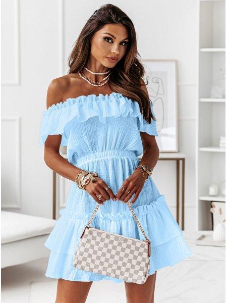 Błękitna muślinowa sukienka...