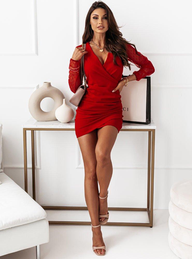Malinowa sukienka z tiulowymi...