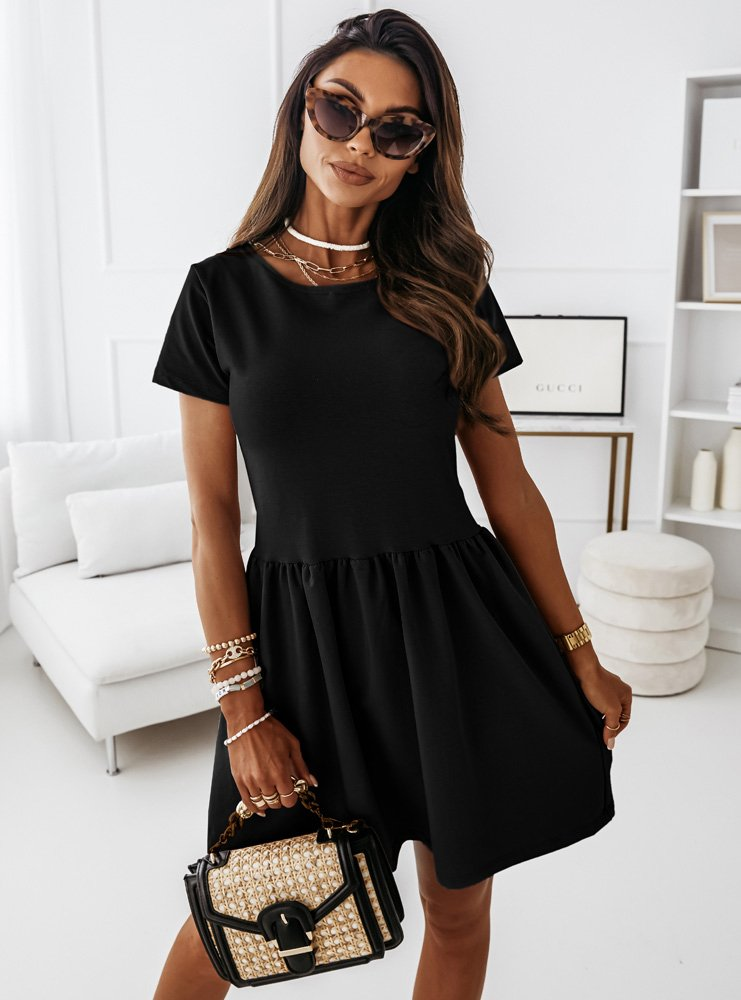 Czarna rozkloszowana sukienka Verli