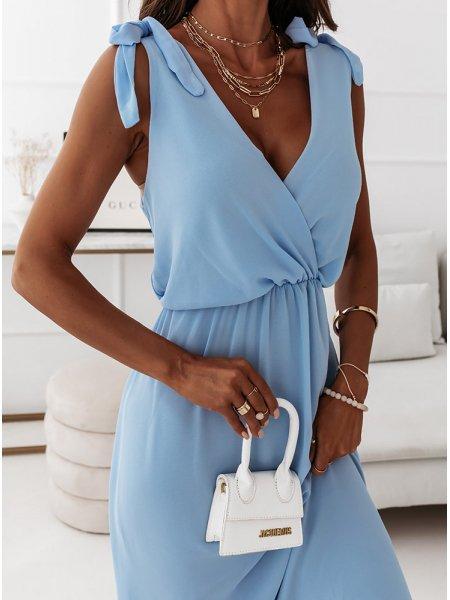Błękitna sukienka maxi na...