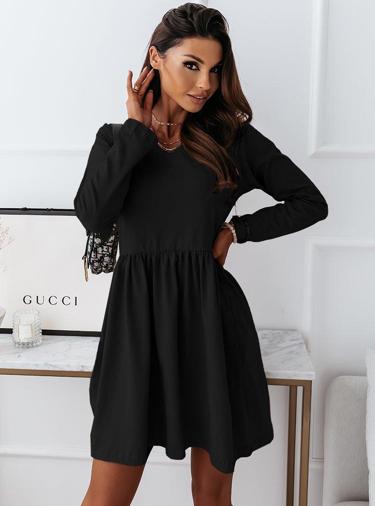 Czarna sukienka z dekoltem w serek...