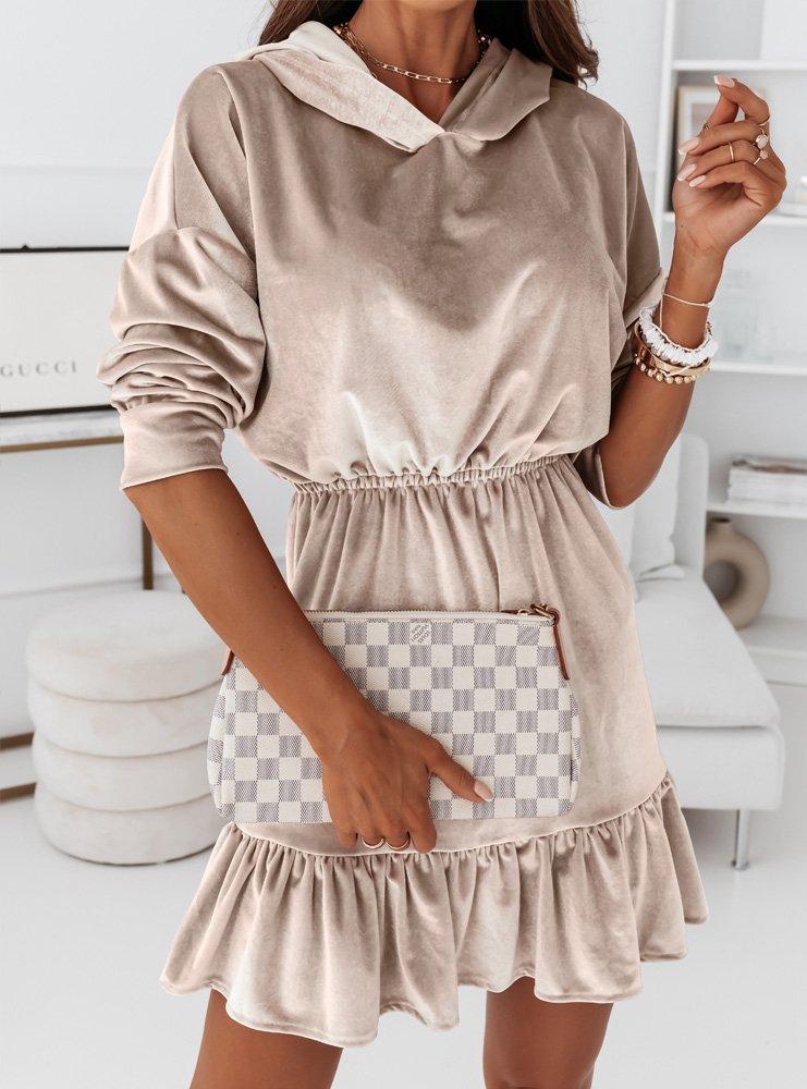 Beżowa welurowa sukienka z kapturem...