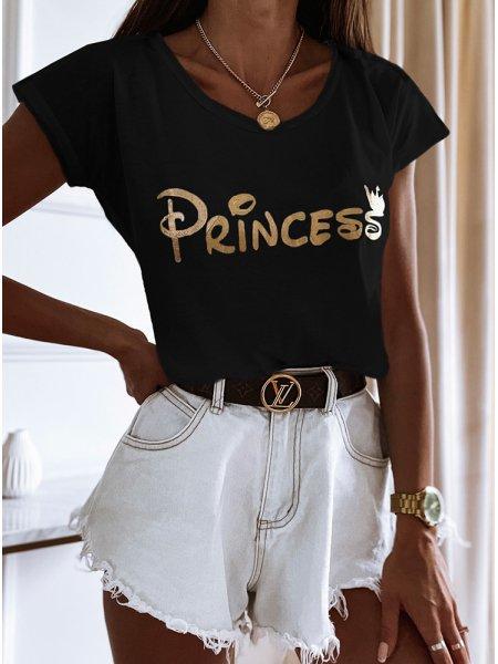 Czarna koszulka z nadrukiem...