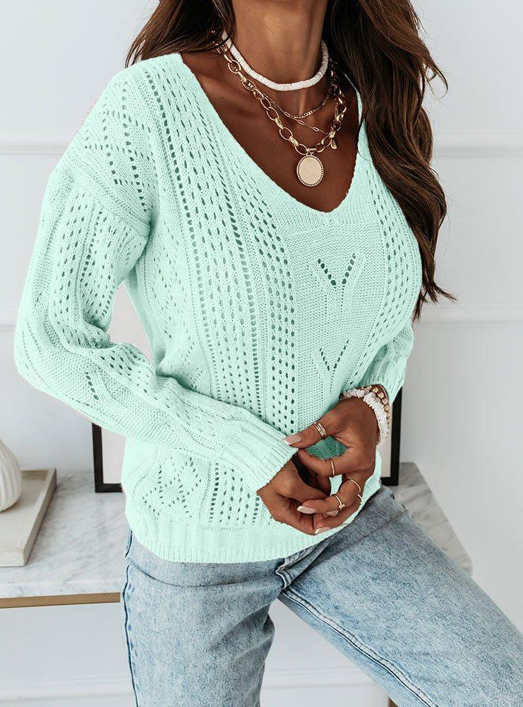 Miętowy ażurkowy sweter z dekoltem w...