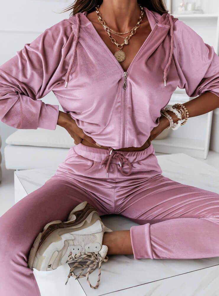 Pudrowy komplet dresowy z zapinaną bluzą Solry