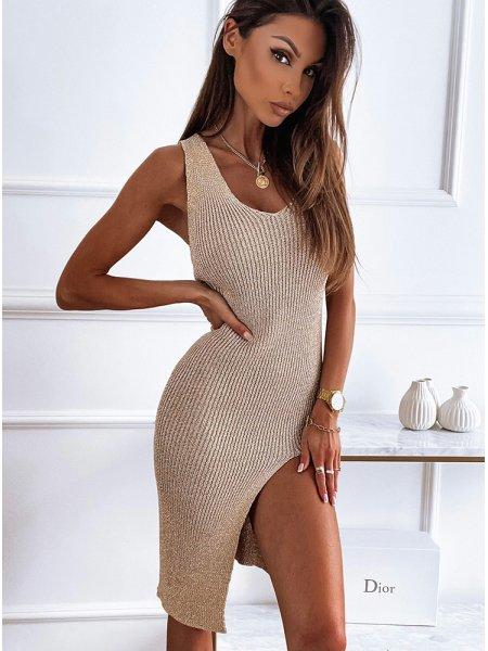 Złota sukienka z rozporkiem...