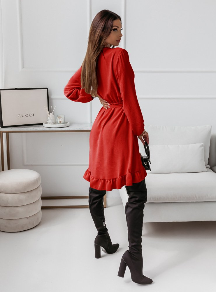 Malinowa sukienka z falbankami Gabalia