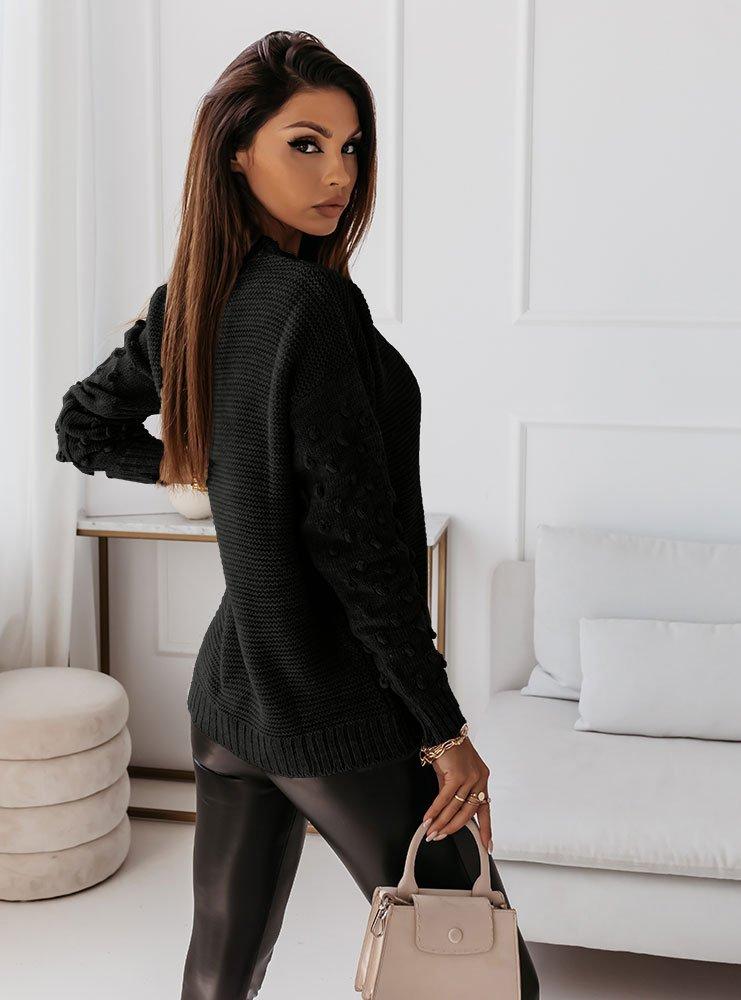 Czarny sweter z guzikami i ozdobnymi...