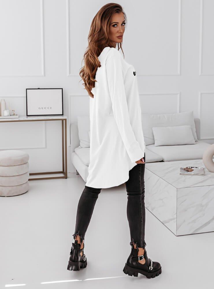 Biała bluzka z modnym napisem Sadee