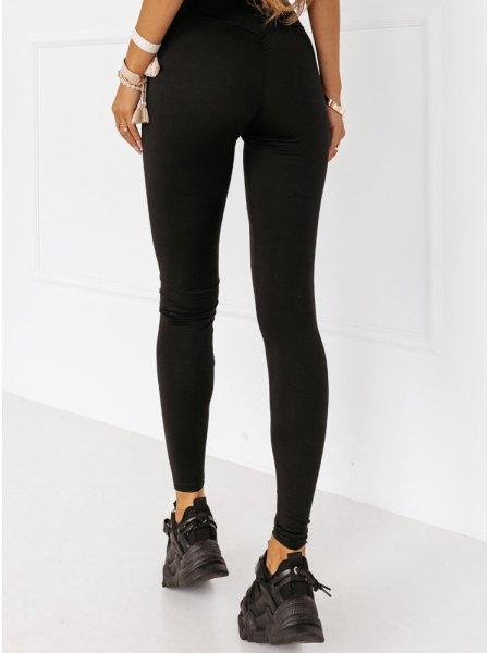 Czarne legginsy z...