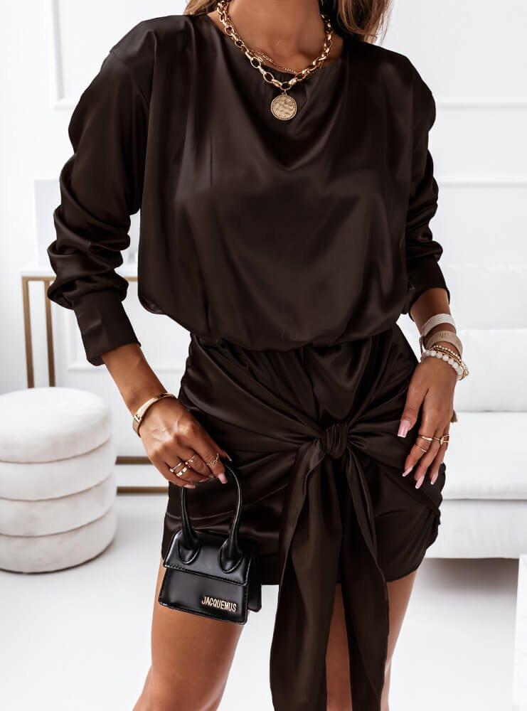 Czarna satynowa sukienka z wiązaniem...