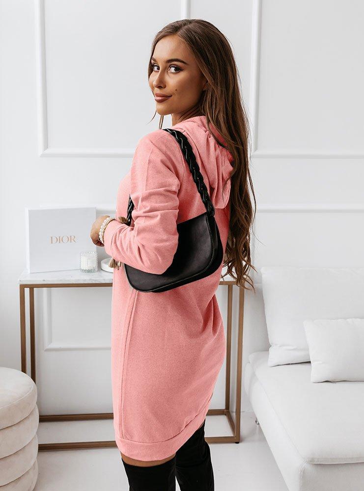 Różowa dresowa sukienka z nadrukiem...