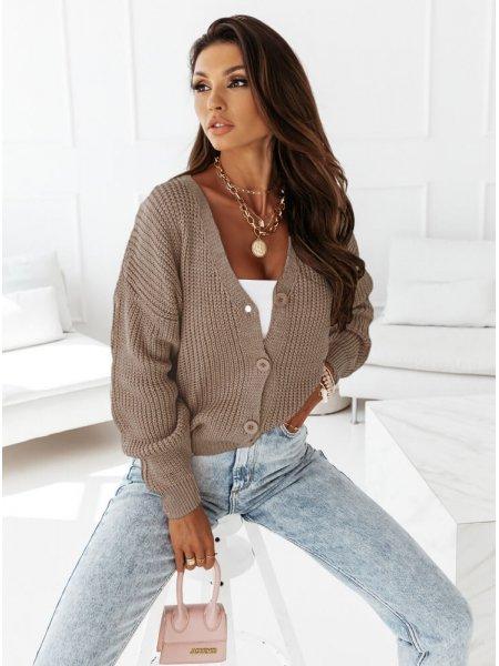 Sweterek zapinany na guziki...