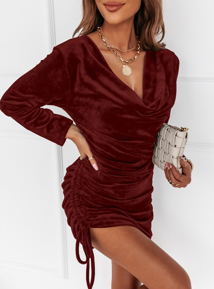 Bordowa welurowa sukienka ze...
