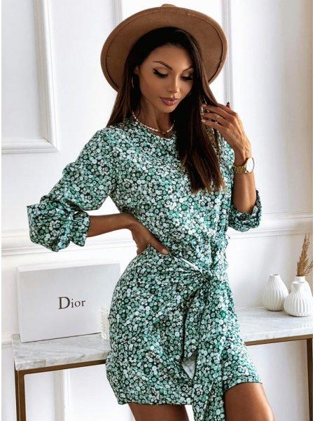Zielona sukienka w kwiatki...