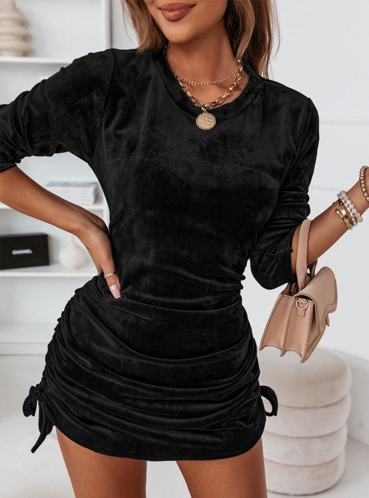 Czarna welurowa sukienka ze...