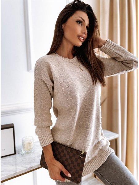 Jasnobeżowy długi sweter z...