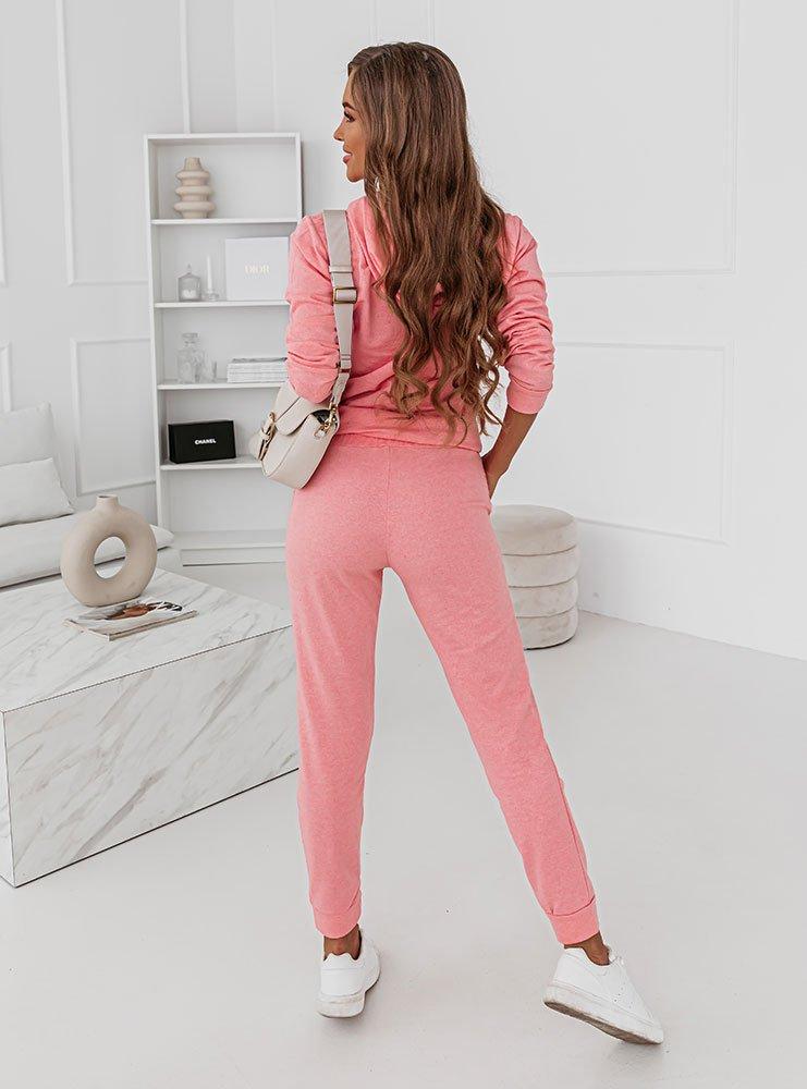 Różowy komplet dresowy z nadrukiem Lynn