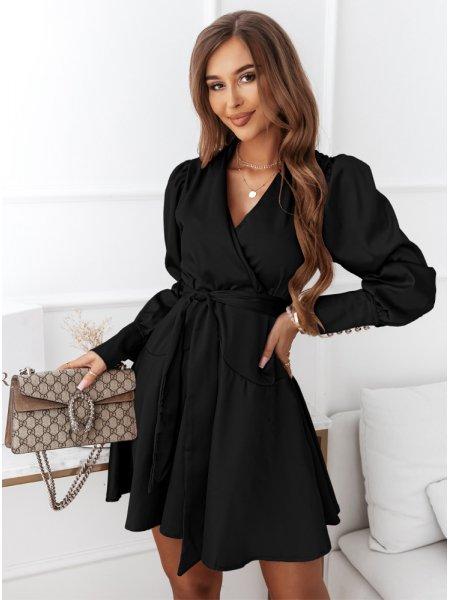 Czarna satynowa sukienka z...