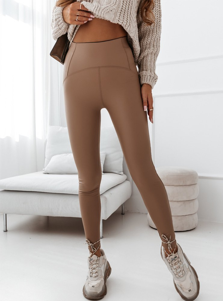 Beżowe legginsy z imitacją skóry i...