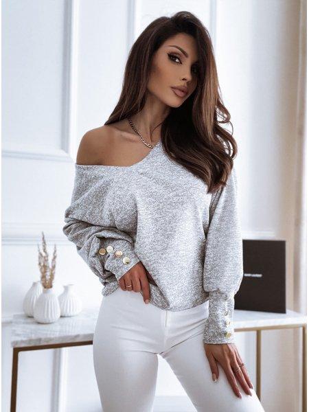Sweterek z dekoltem i...