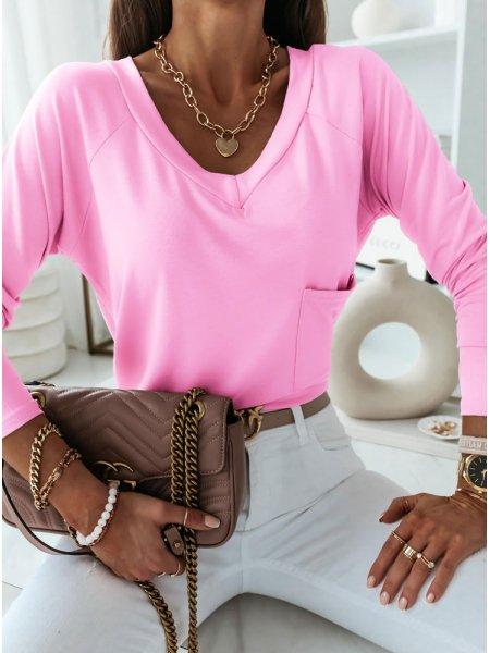 Różowa bluzka z kieszonką...