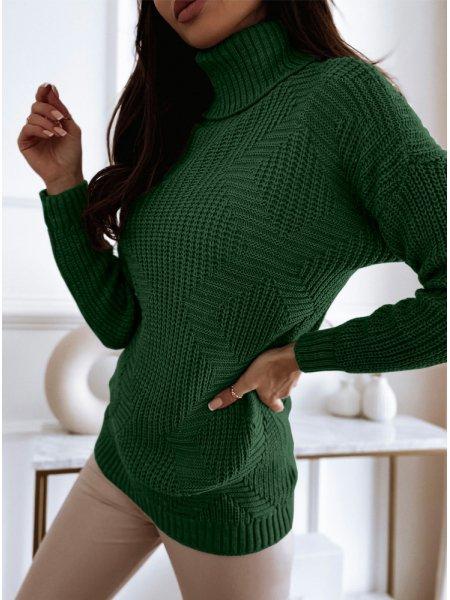 Sweter z golfem i ozdobnym...