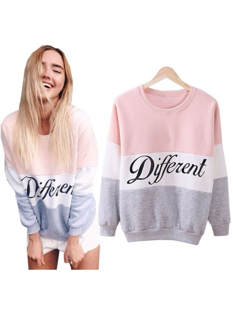 BLUZA Z NAPISEM DIFFERENT