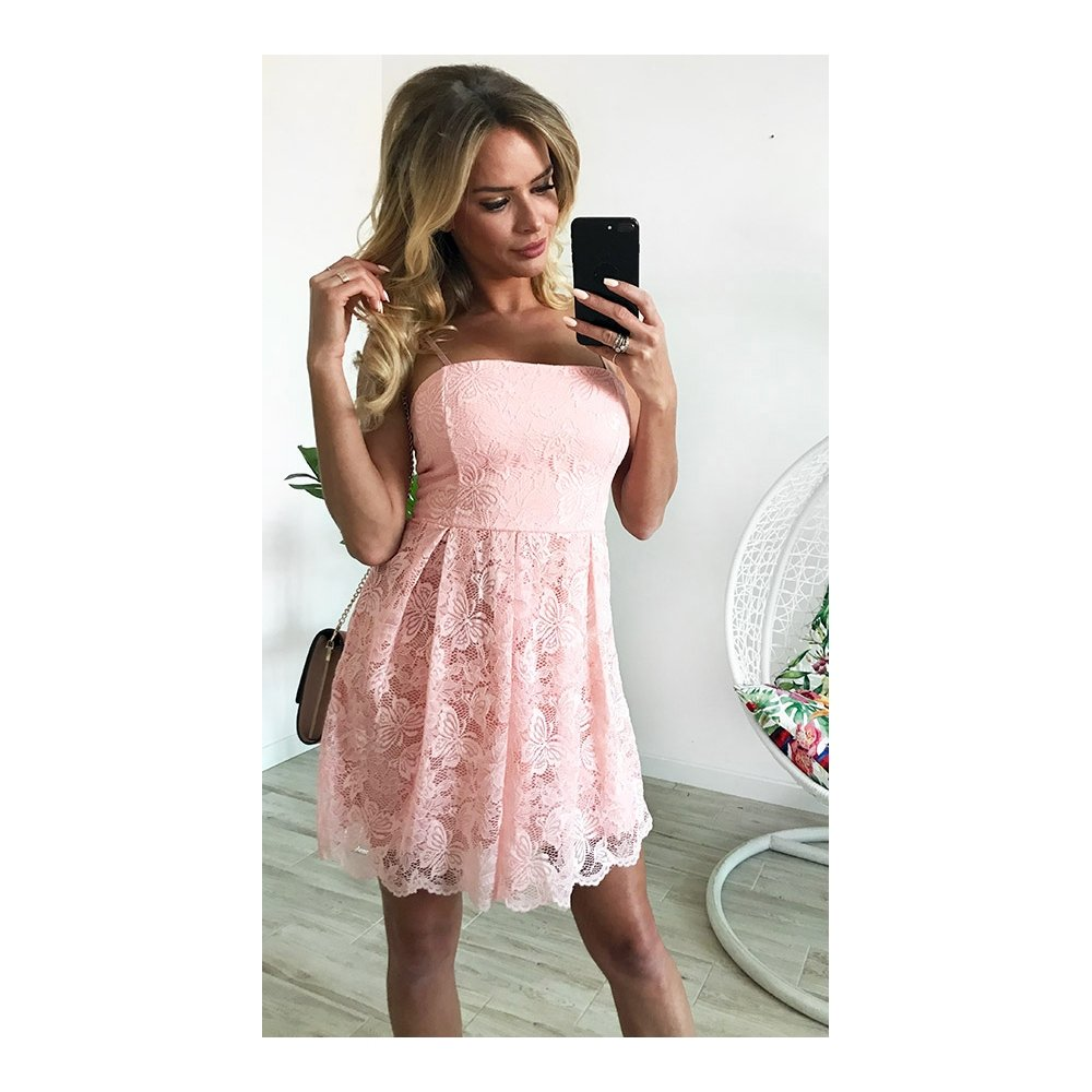 9f15490792 Sp zjawiskowa sukienka z koronki - cena