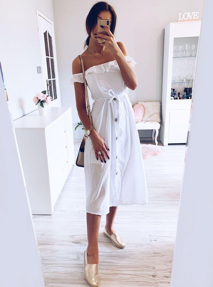 Mała biała sukienka — stylizacje w letnim klimacie Pakuten