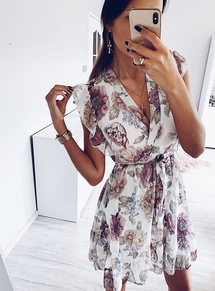 2b1cb8e474 Sukienka z głębokim dekoltem deette - cena