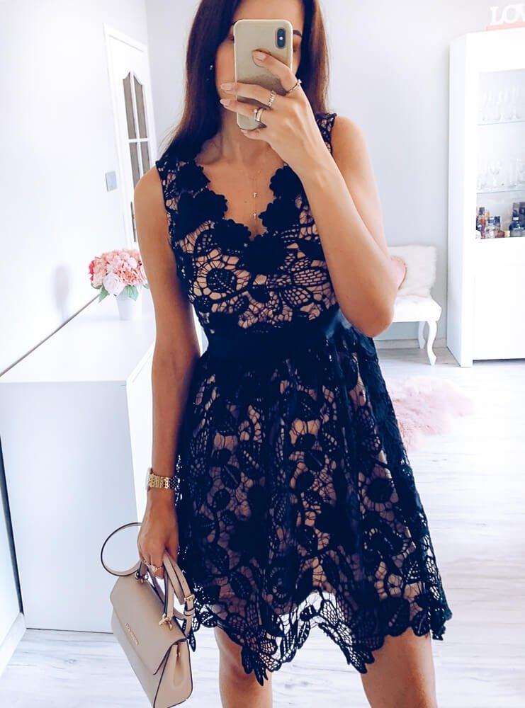 Czarna elegancka sukienka z gipiury junita cena, opinie